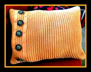 sweater-pillow