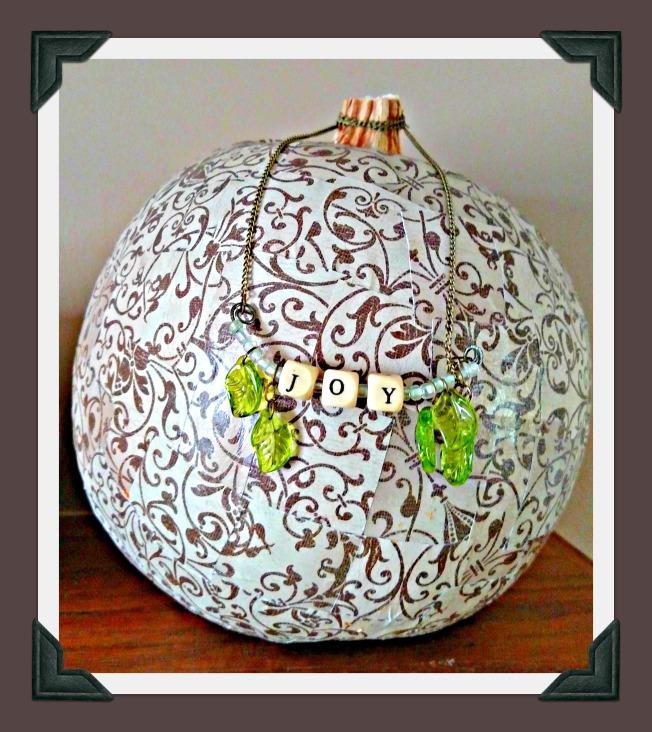 Pumpkin_Necklace